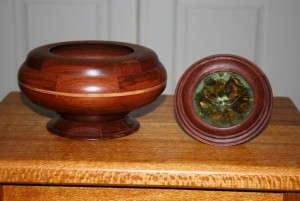 Lidded box with lid removed.